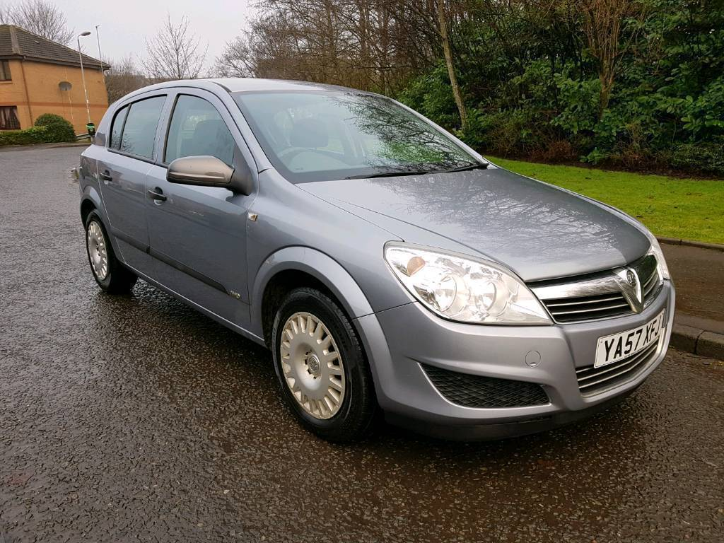 Vauxhall Astra 2004-2009 Car Keys Price Problems Quality